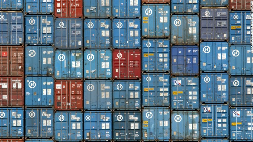 container-artists-cargo-super-169